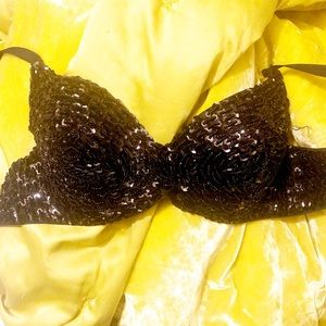 Other - 💕Black Sequined Bra